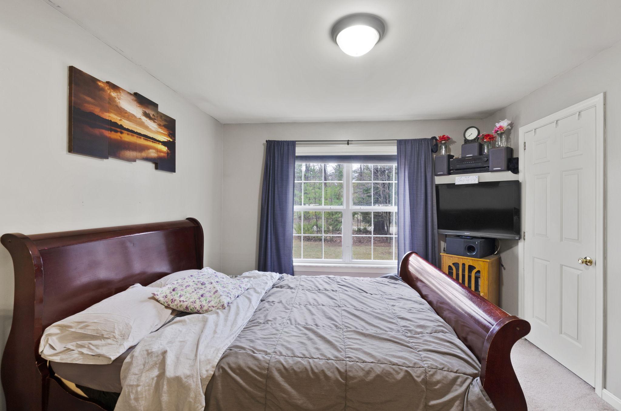 Bedroom - Master (1)