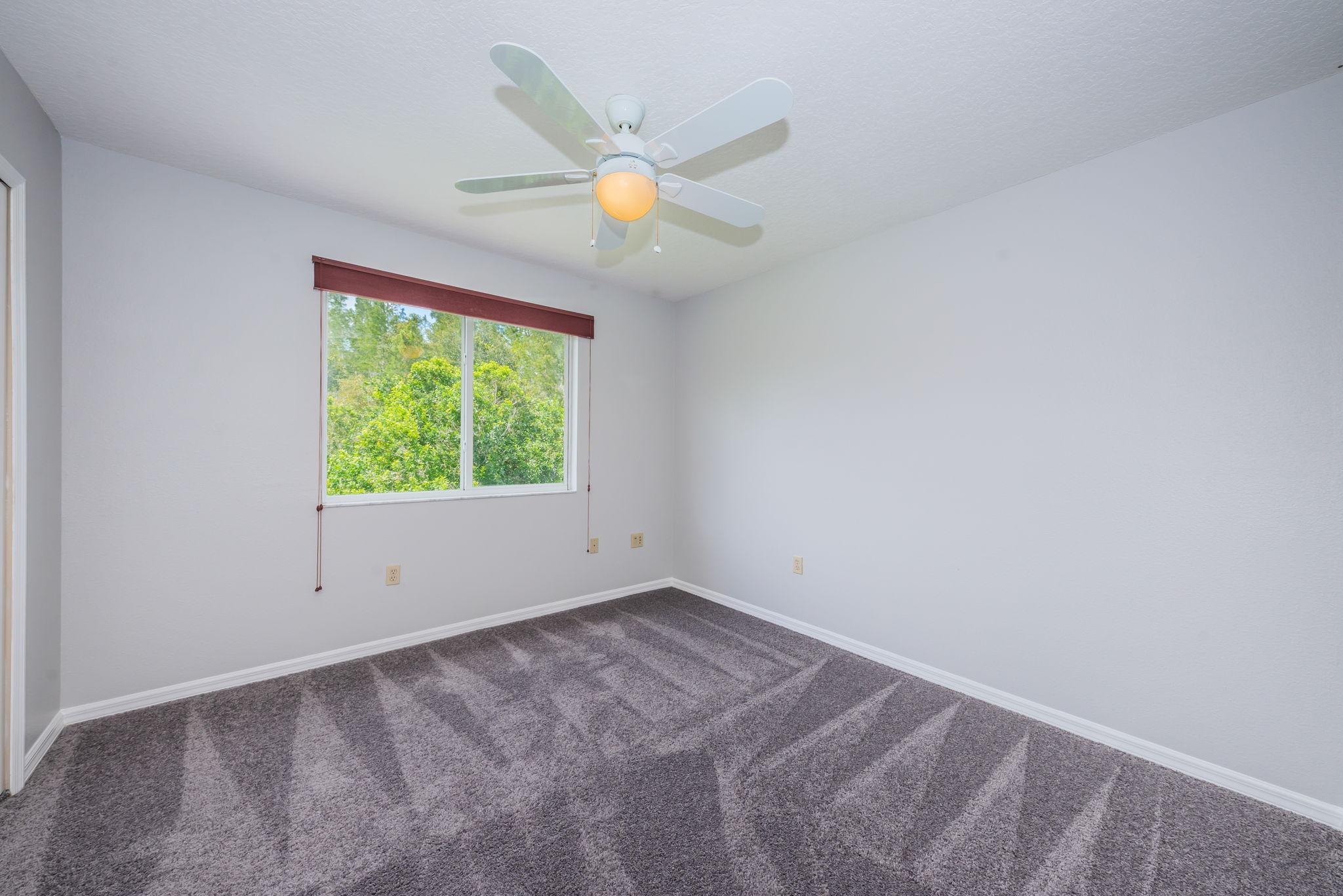 Upper Level Bedroom4