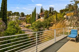 5115 Campo Rd, Woodland Hills, CA 91364, USA Photo 35