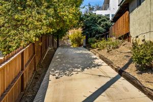 5115 Campo Rd, Woodland Hills, CA 91364, USA Photo 61