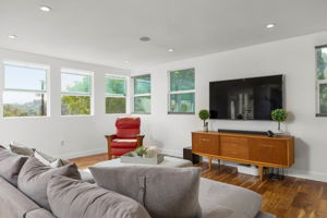 5115 Campo Rd, Woodland Hills, CA 91364, USA Photo 10