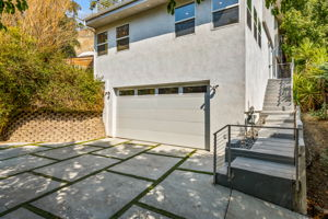5115 Campo Rd, Woodland Hills, CA 91364, USA Photo 3