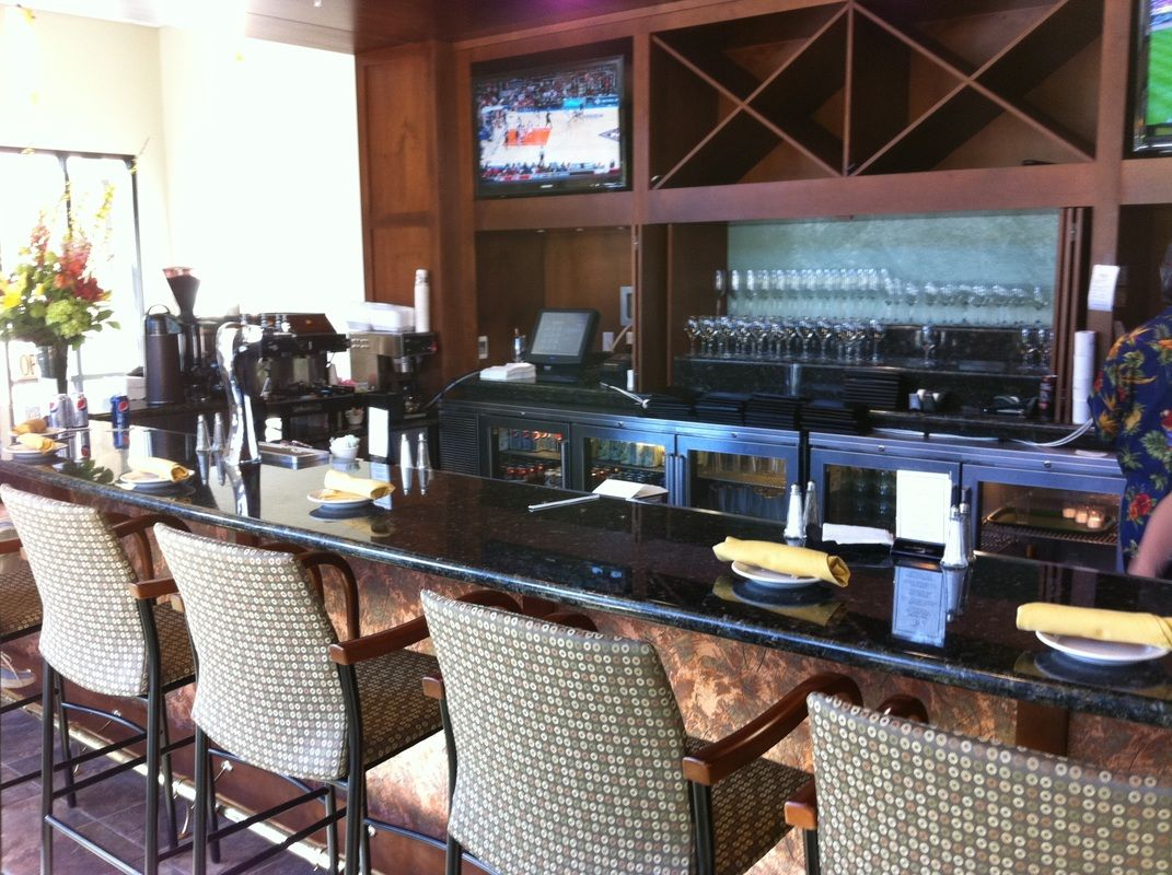 Creekside Clubhouse Bar