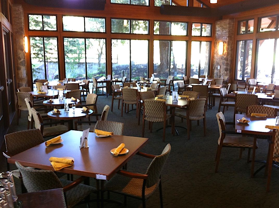 Creekside Clubhouse Dining Room