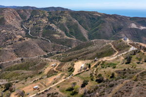 12500 Pacific View Dr, Malibu, CA 90265, US Photo 32