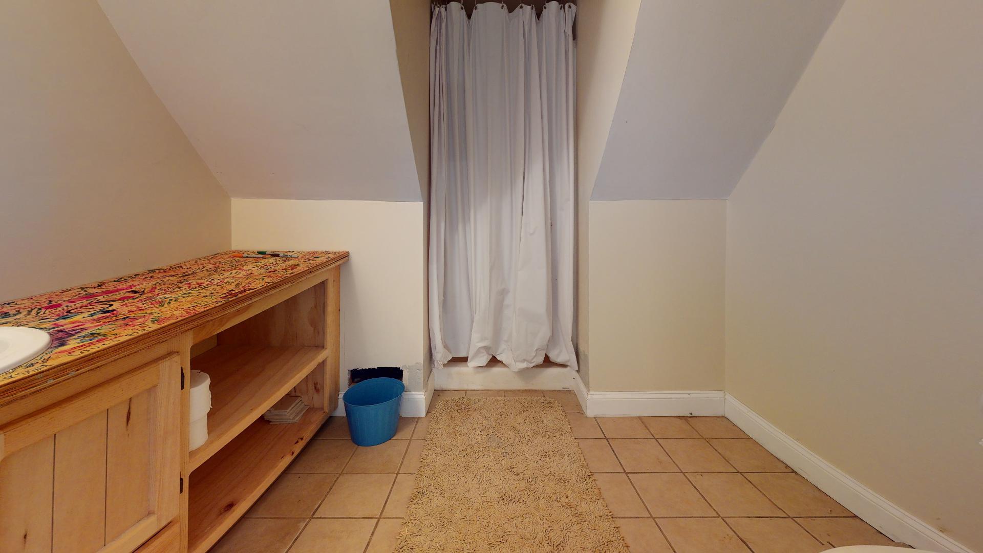 Upstairs Bath Left