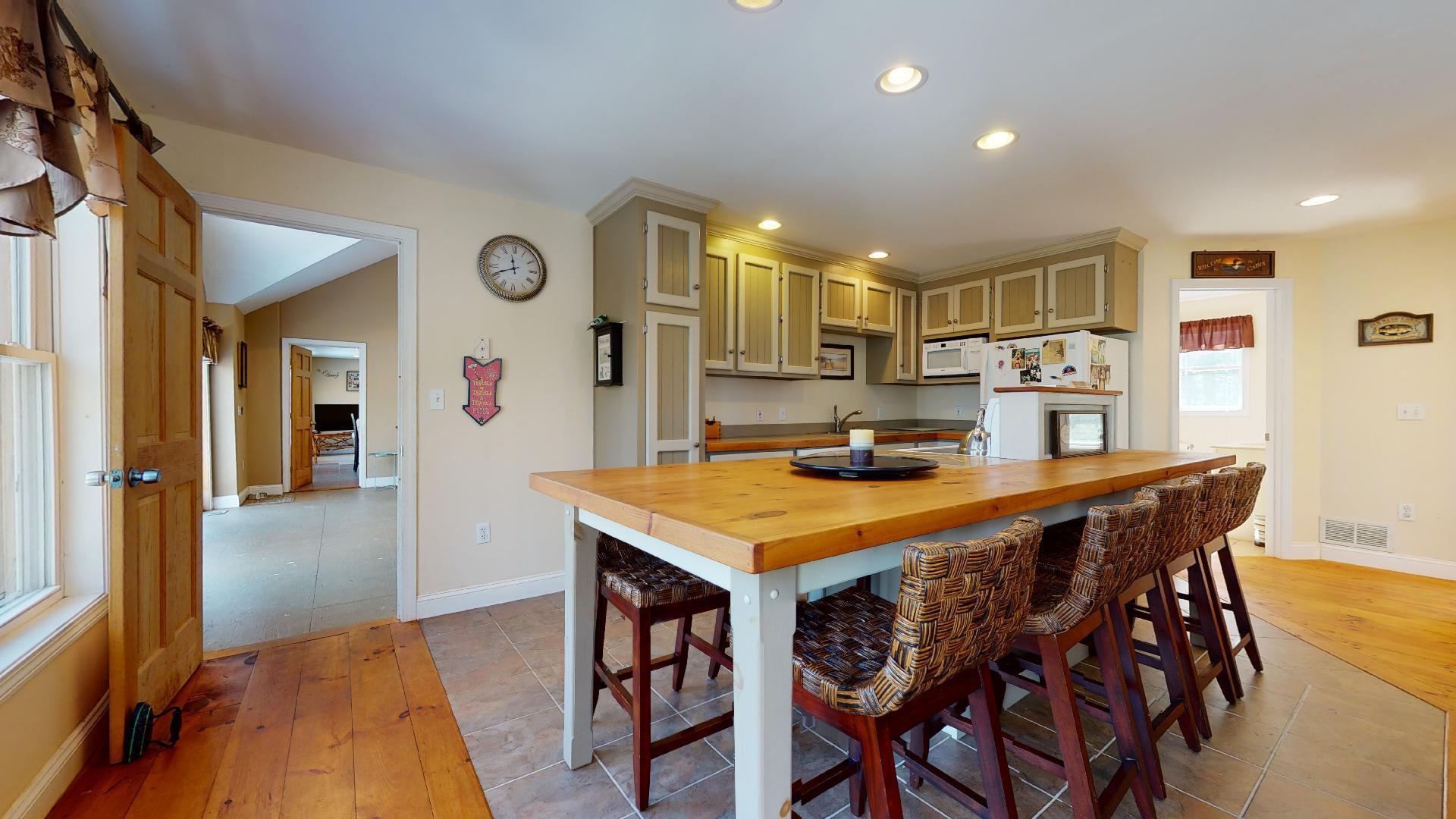 Kitchen Left 2