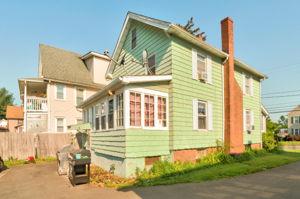 453 Tolland St, East Hartford, CT 06108, USA Photo 2