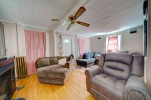 453 Tolland St, East Hartford, CT 06108, USA Photo 8