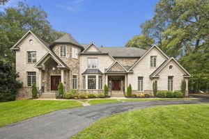 4636 Holly Ave, Fairfax, VA 22030, USA Photo 4