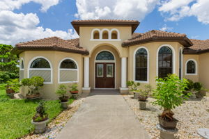 3816 NW 32nd Pl, Cape Coral, FL 33993, USA Photo 4