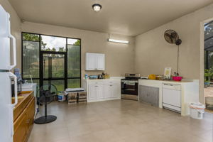 3816 NW 32nd Pl, Cape Coral, FL 33993, USA Photo 23