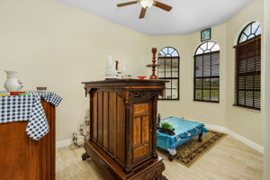 3816 NW 32nd Pl, Cape Coral, FL 33993, USA Photo 9