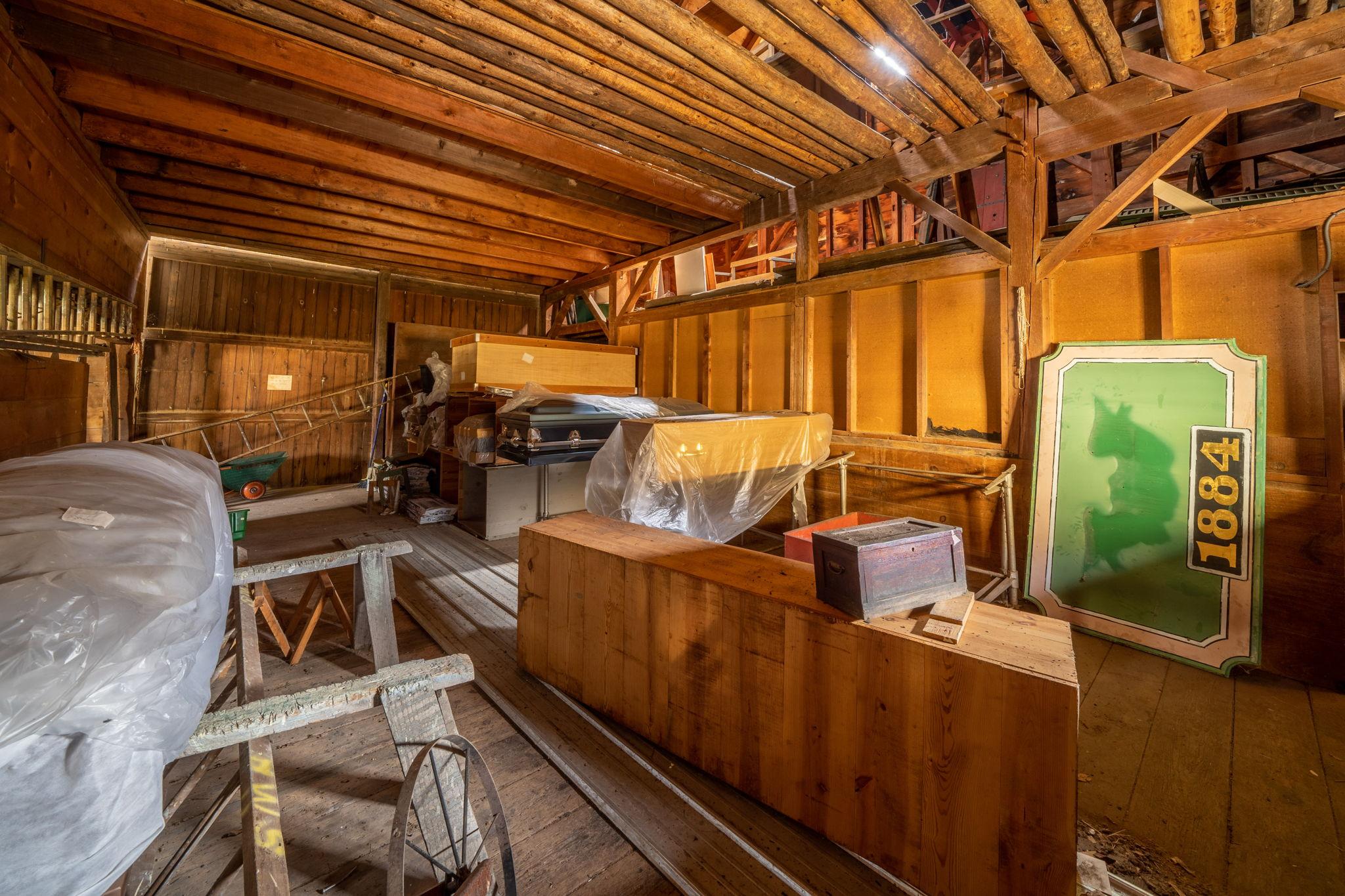 100 Tinker St, Woodstock, NY 12498, US Photo 39