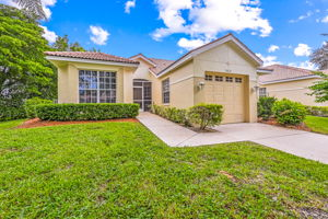 8814 Middlebrook Dr, Fort Myers, FL 33908, USA Photo 2