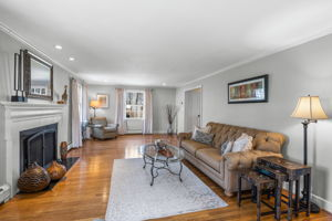 75 Thornberry Rd, Winchester, MA 01890, US Photo 21