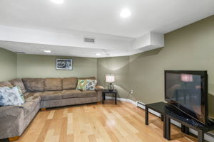 75 Thornberry Rd, Winchester, MA 01890, US Photo 28