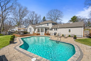 75 Thornberry Rd, Winchester, MA 01890, US Photo 67
