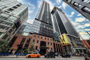 88 Blue Jays Way, Toronto, ON M5V 0L7, Canada Photo 1