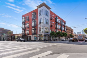 200 Townsend St, San Francisco, CA 94107, USA Photo 0
