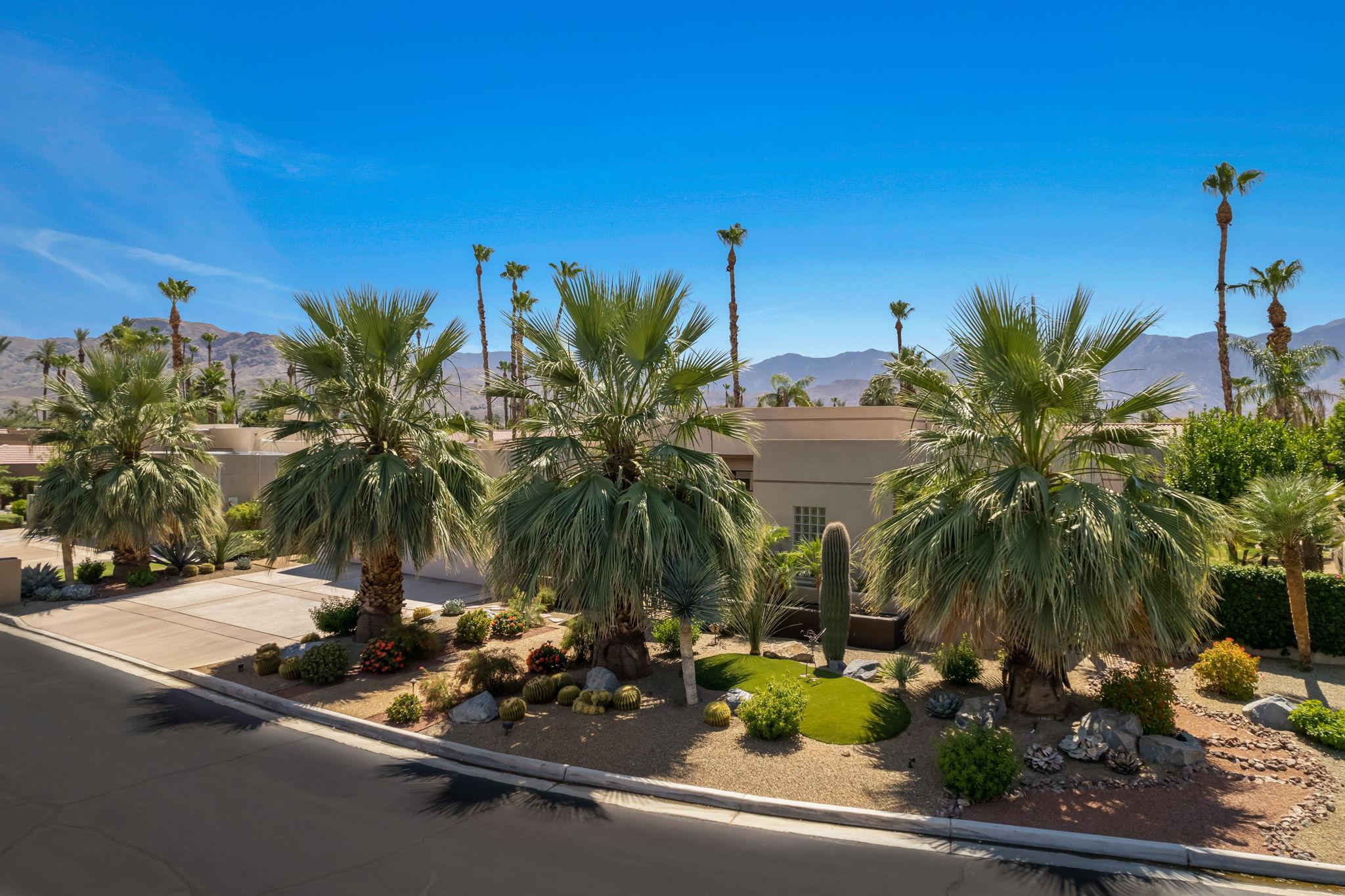 4 Silver Cir, Rancho Mirage, CA 92270, USA Photo 3
