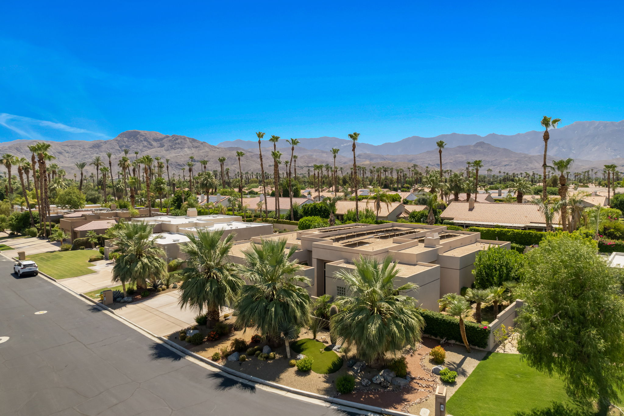 4 Silver Cir, Rancho Mirage, CA 92270, USA Photo 7