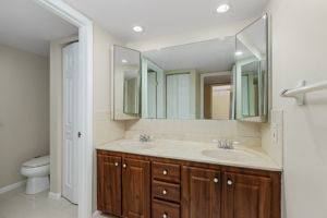 1525 Park Meadows Dr, Fort Myers, FL 33907, USA Photo 20