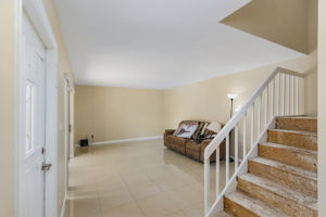 1525 Park Meadows Dr, Fort Myers, FL 33907, USA Photo 4