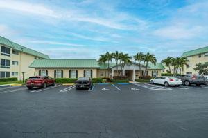 33 Colonial Club Dr 100, Boynton Beach, FL 33435, US Photo 36
