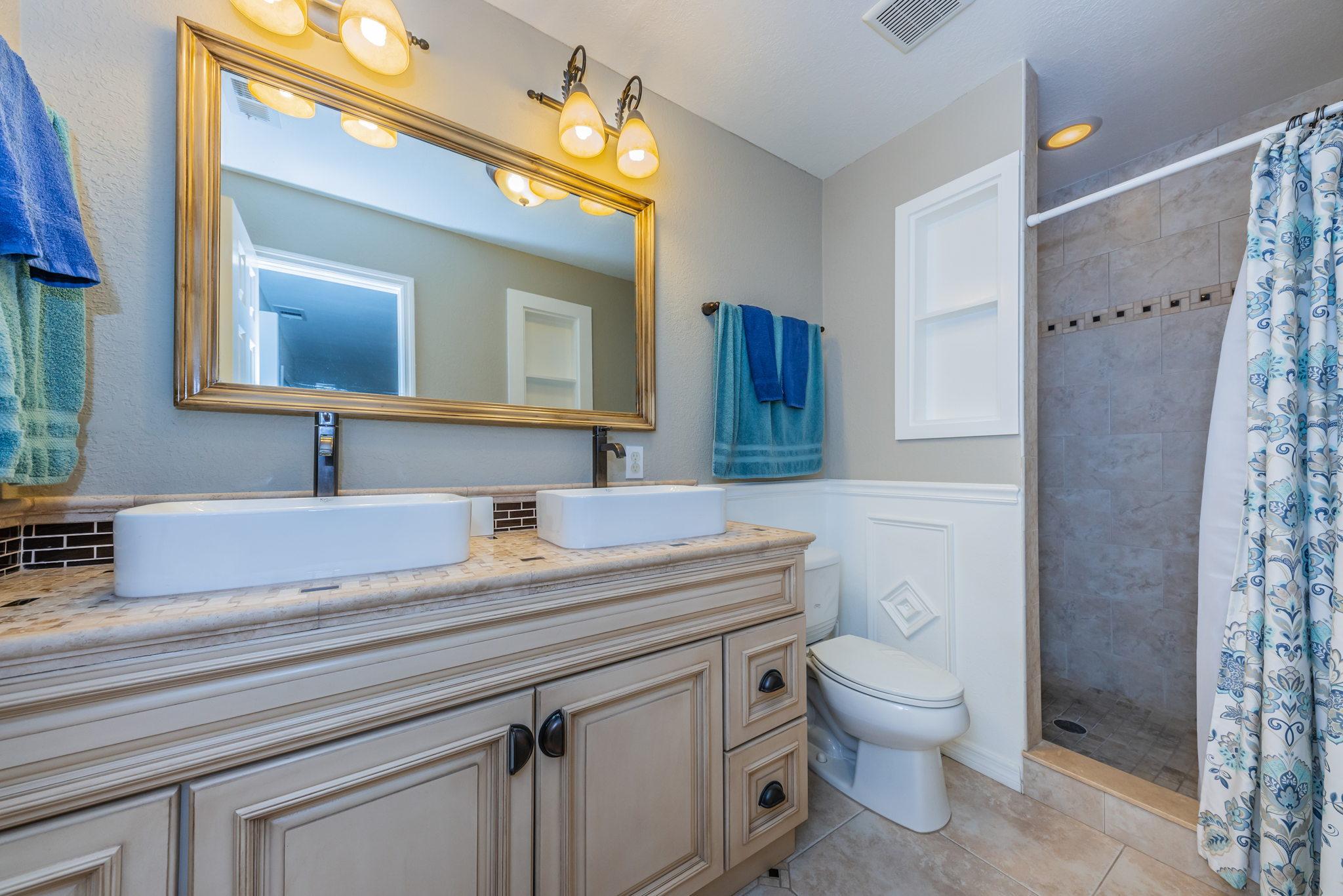 Master Bathroom1a-2