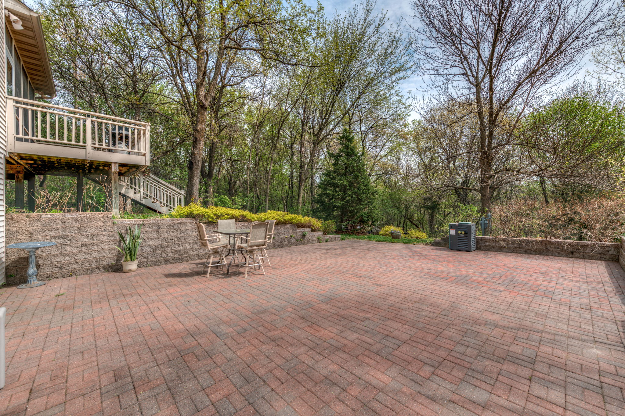Large inlay brick patio for pool, hot tub, pizza oven... so many options!