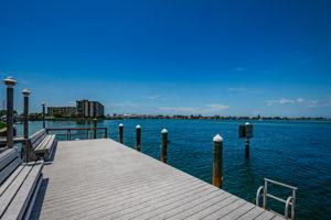 10-Dock