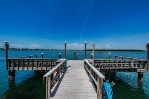 7-Dock