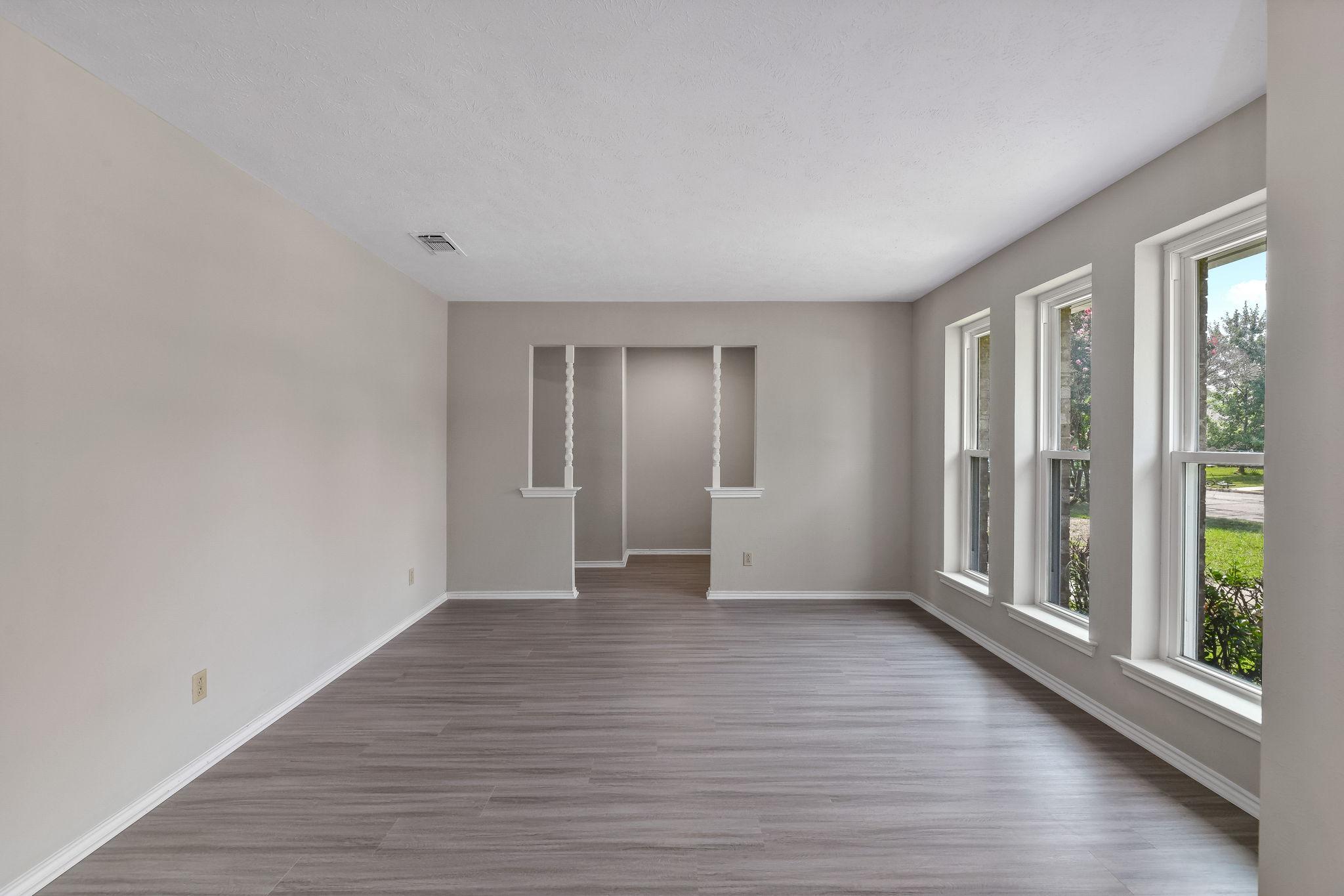 005-Living Room-FULL