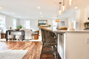 4 Flatley Ave, Manchester-by-the-Sea, MA 01944, US Photo 109