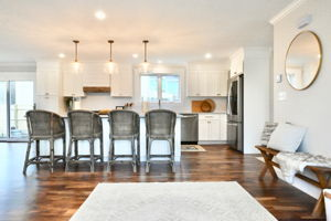 4 Flatley Ave, Manchester-by-the-Sea, MA 01944, US Photo 102