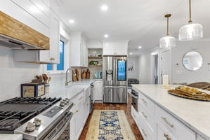 4 Flatley Ave, Manchester-by-the-Sea, MA 01944, US Photo 20