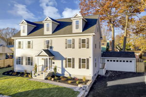4 Flatley Ave, Manchester-by-the-Sea, MA 01944, US Photo 0