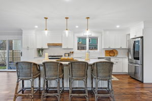 4 Flatley Ave, Manchester-by-the-Sea, MA 01944, US Photo 11