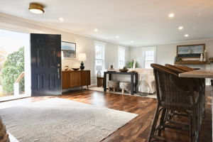 4 Flatley Ave, Manchester-by-the-Sea, MA 01944, US Photo 108