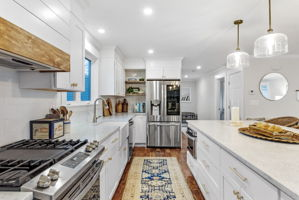 4 Flatley Ave, Manchester-by-the-Sea, MA 01944, US Photo 17