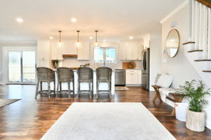 4 Flatley Ave, Manchester-by-the-Sea, MA 01944, US Photo 104