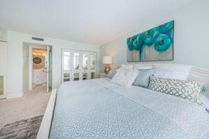 Master Bedroom1d-2