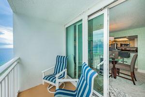 Dining Room Balcony3