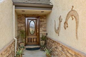 82 Arnaz Dr, Oak View, CA 93022, USA Photo 4