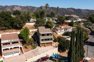 82 Arnaz Dr, Oak View, CA 93022, USA Photo 2