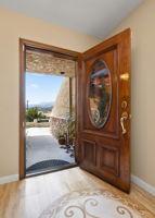 82 Arnaz Dr, Oak View, CA 93022, USA Photo 5