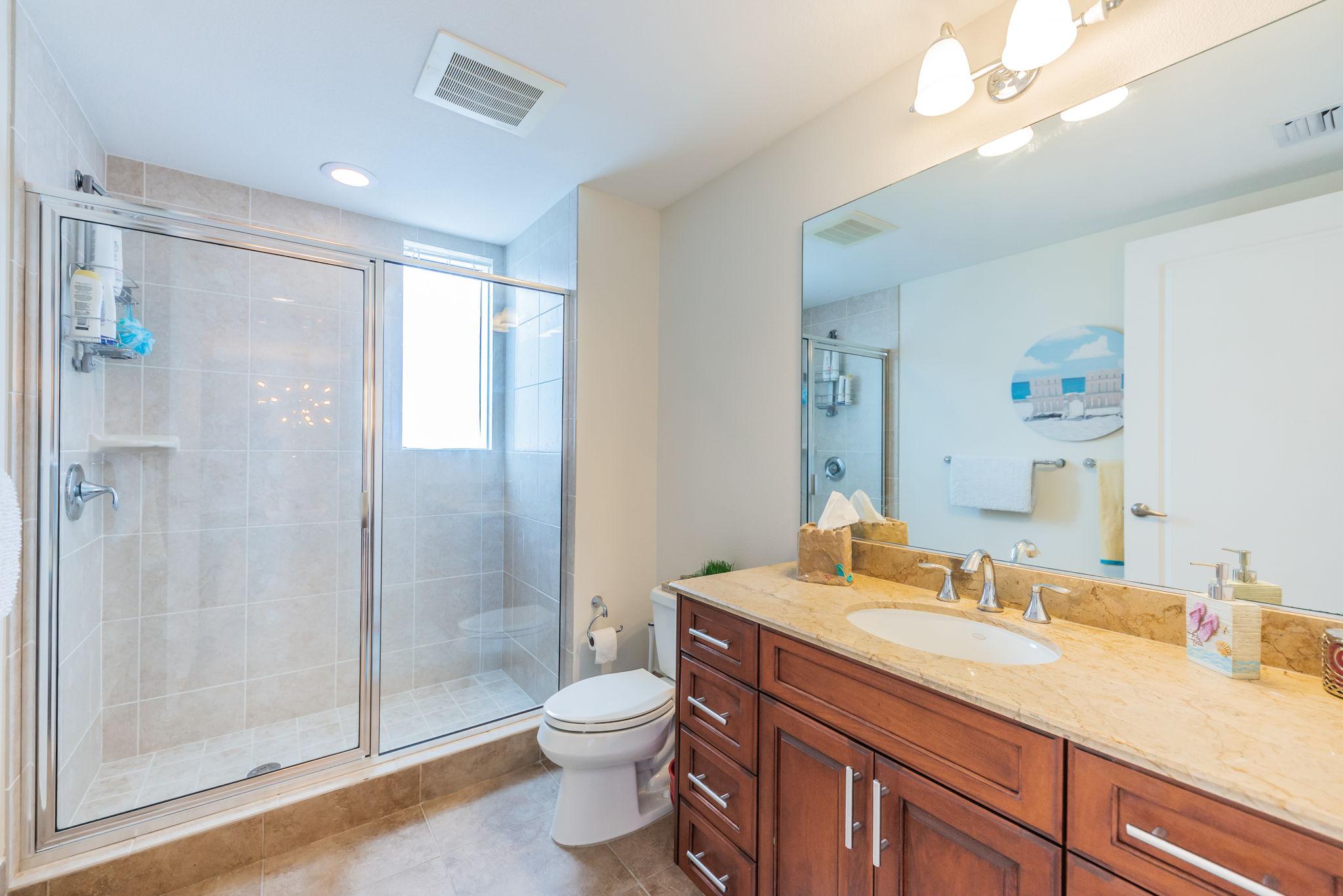 Bathroom 2a-2