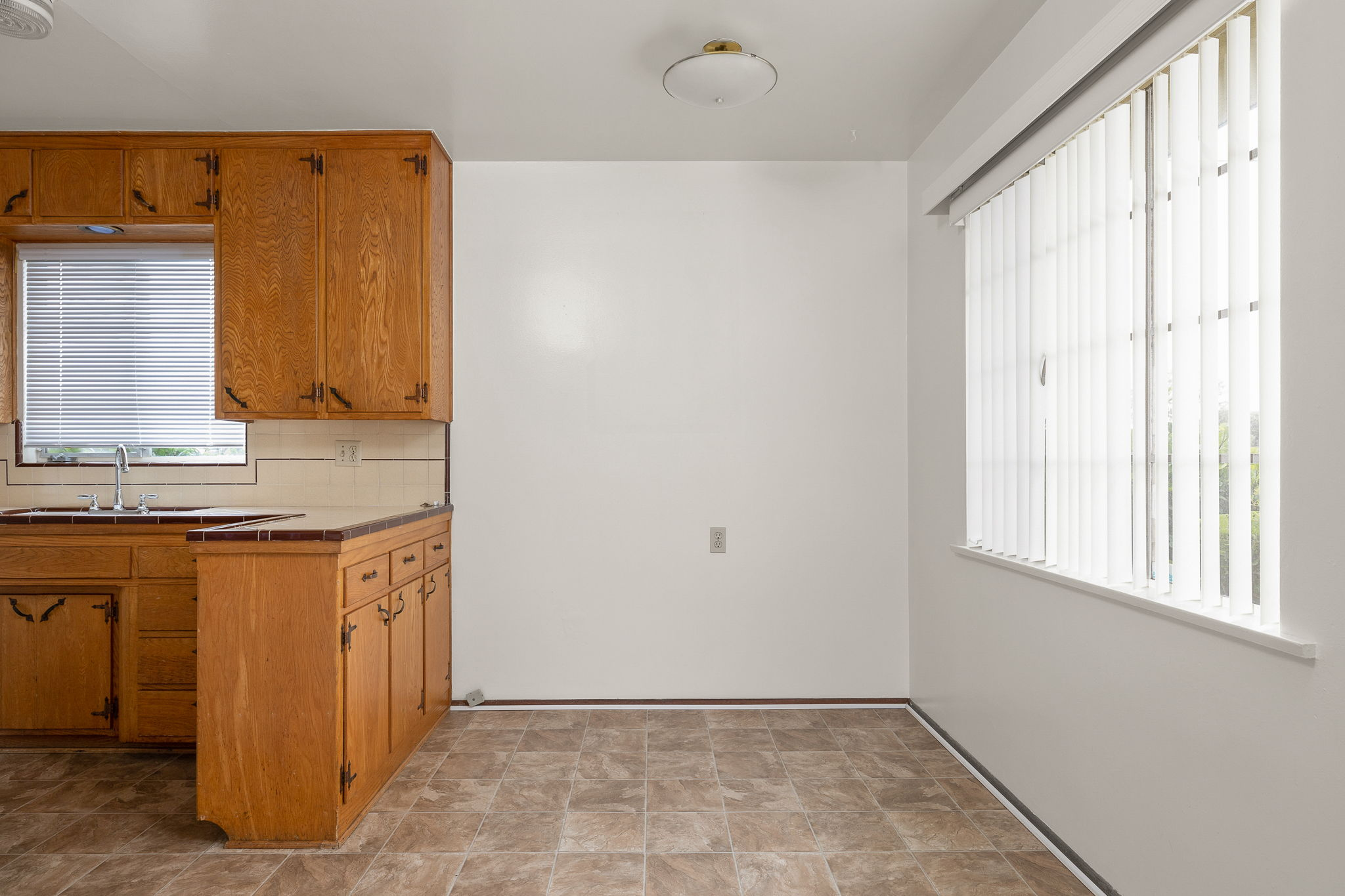 234 College Dr, Ventura, CA 93003, USA Photo 7