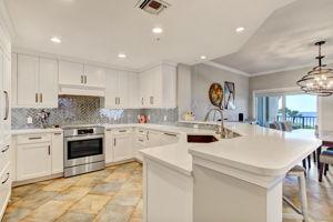Kitchen - Ceramic Tile